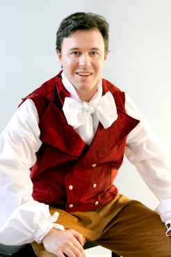 James Macaulay as Nemorino