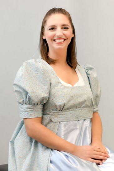 Piera Dennerstein as Adina